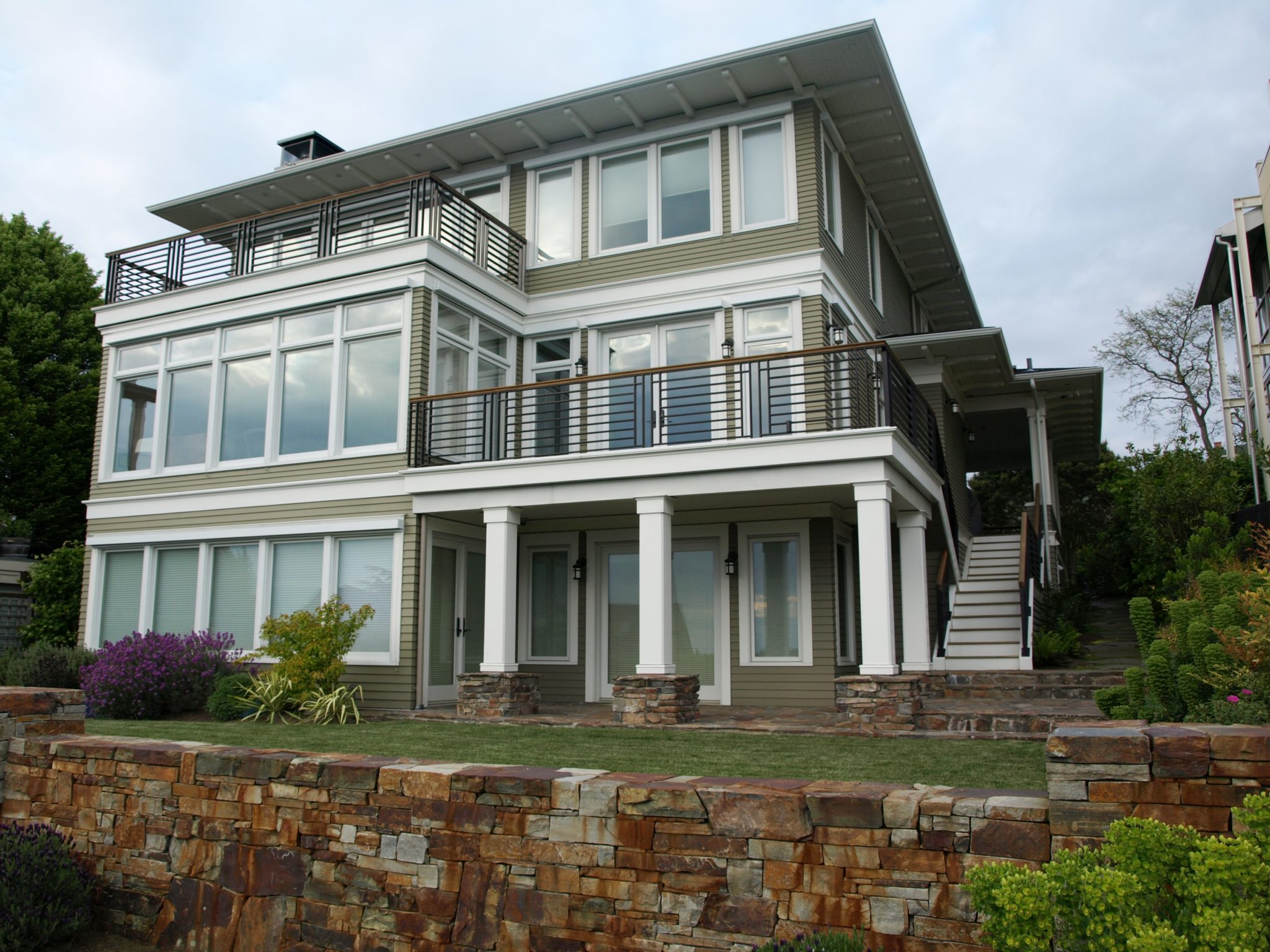 New Queen Anne Classic - CTA Design Builders