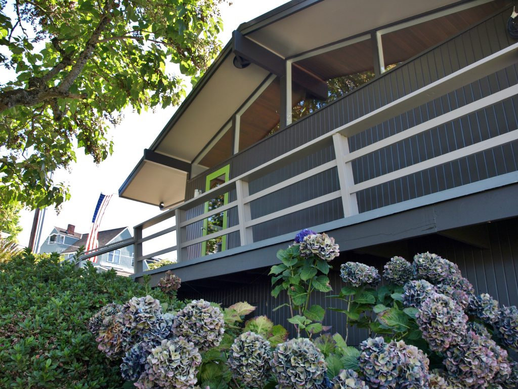 kirkland mid century modern home