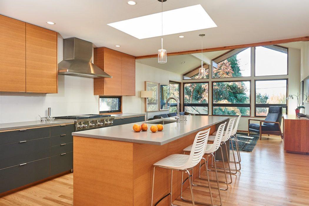 Hawthorne Hills Home kitchen