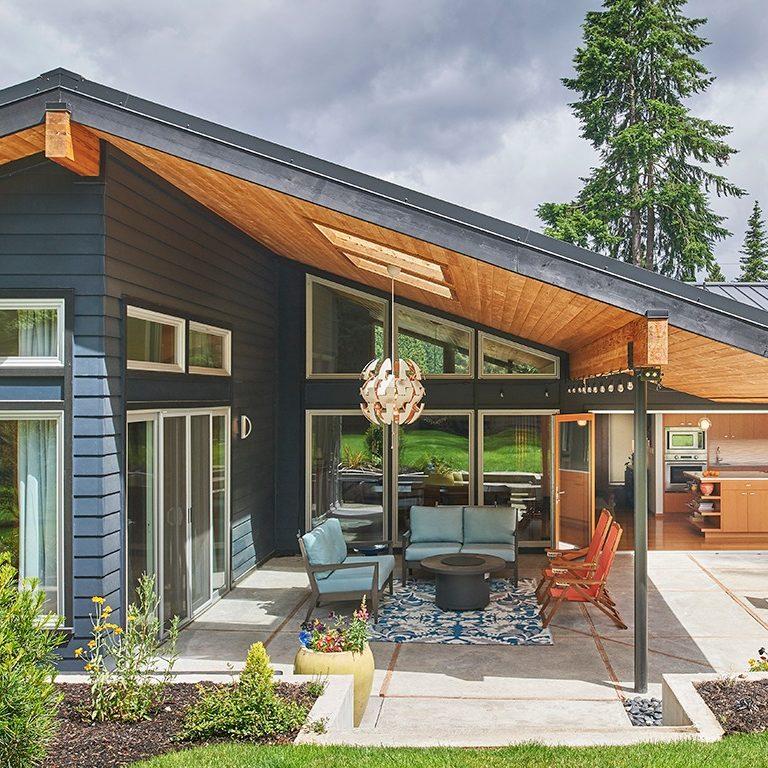 Kirkland-Mid-Century-Modern- patio 1366x768